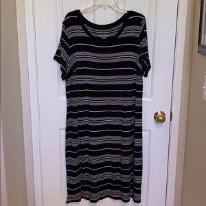 Black/White stripe t-shirt dress